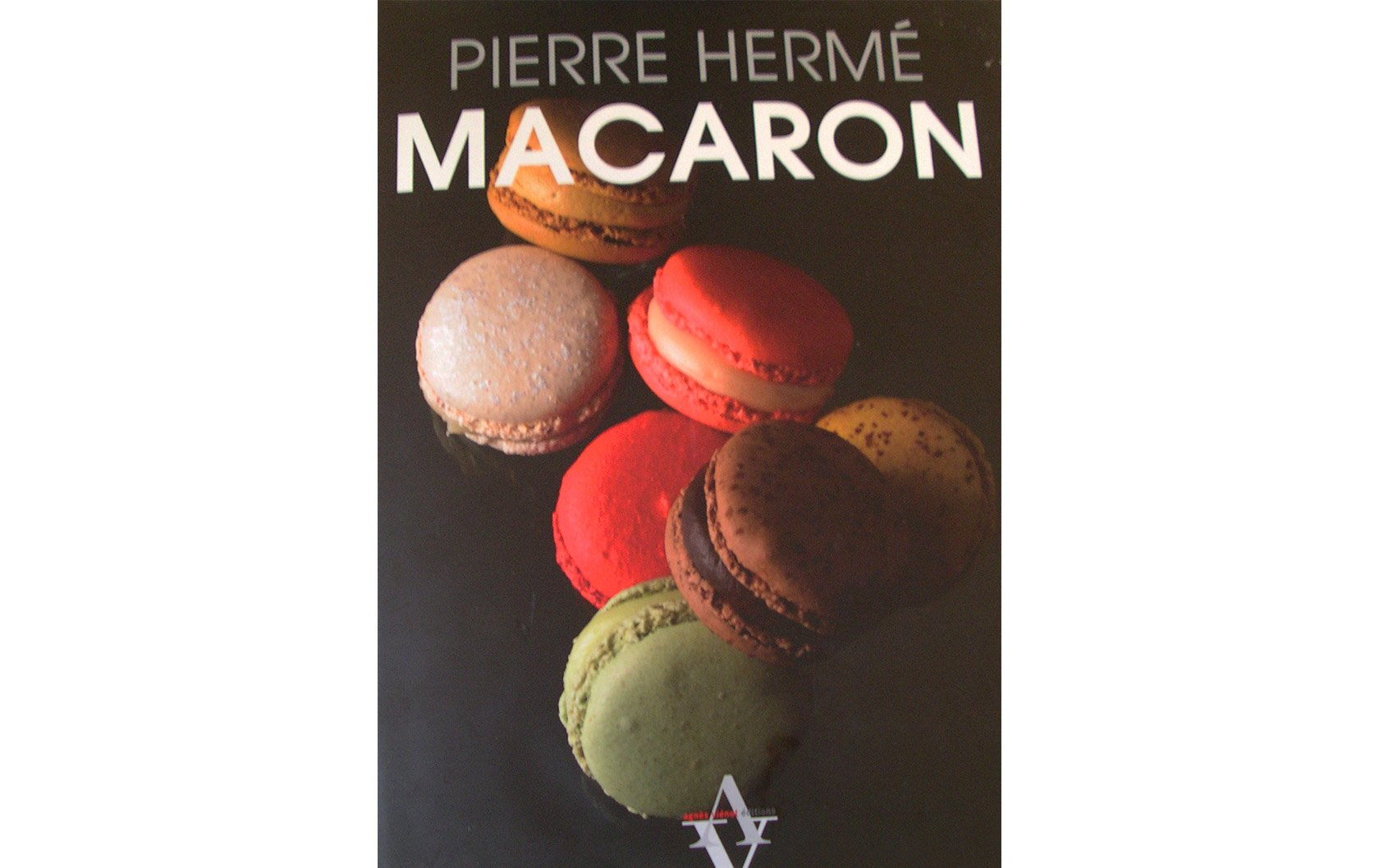 macaron-book