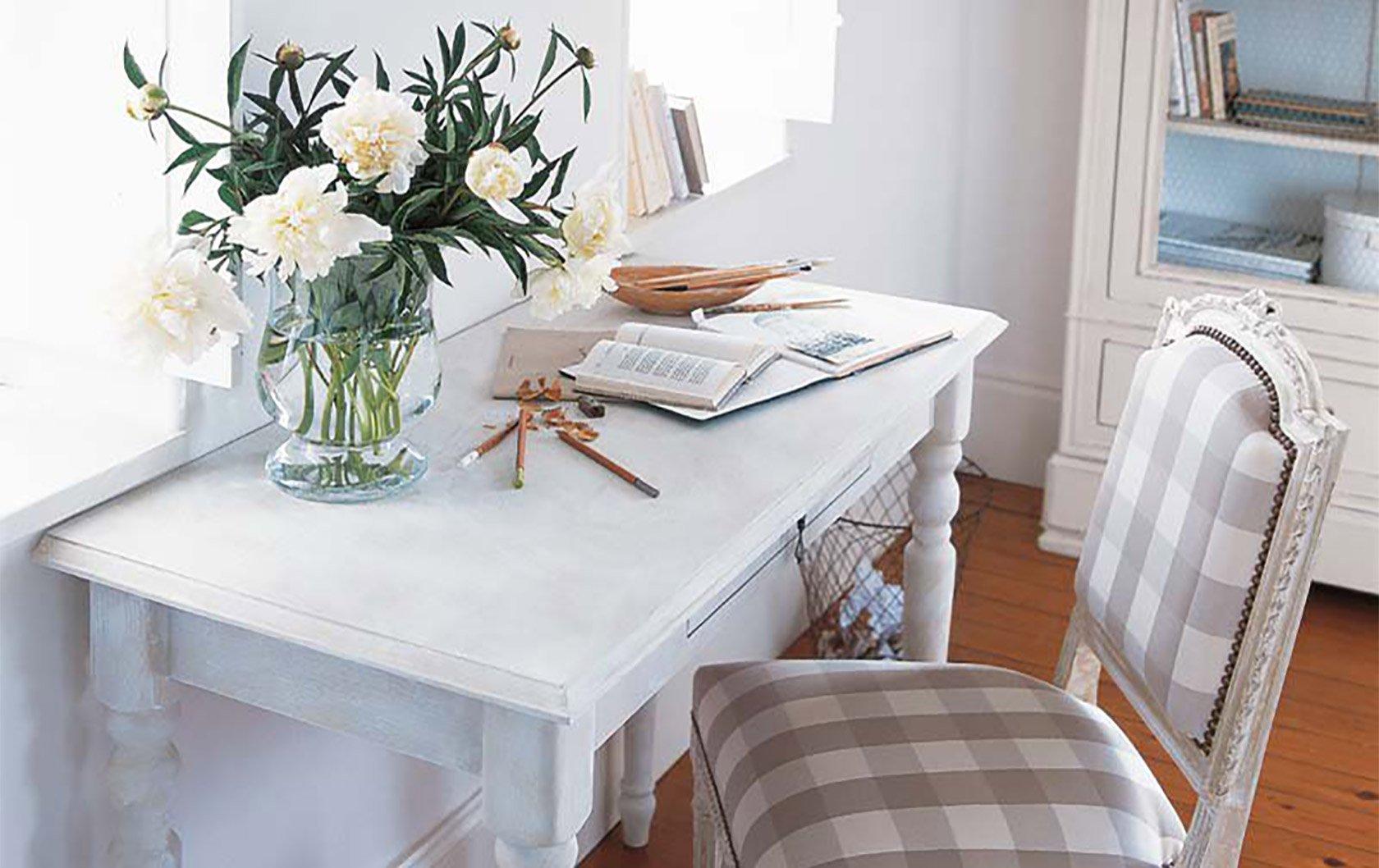 antique-effet-chaule-desk