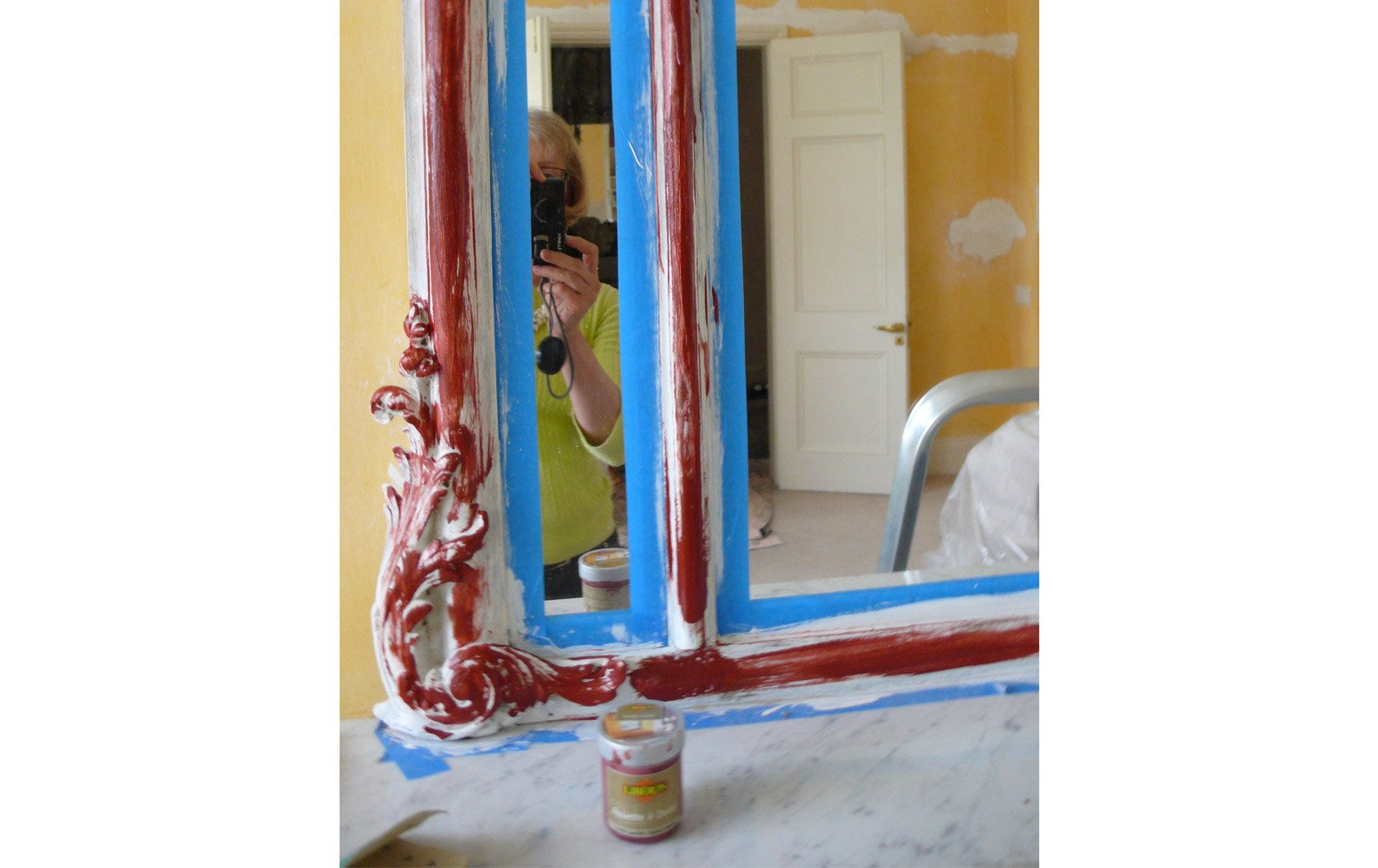 antique-red-paint