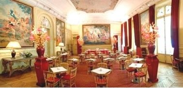 Stunning tea room in the Jacquemart André Museum