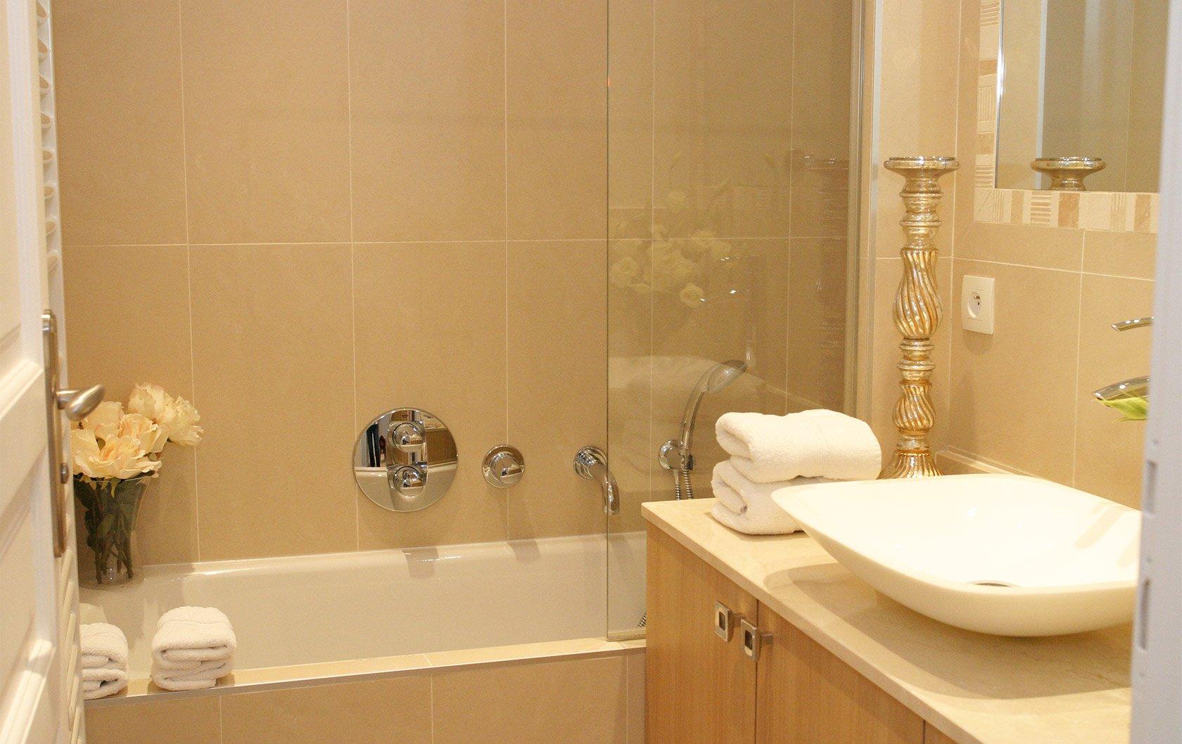 calvados-after-bathroom