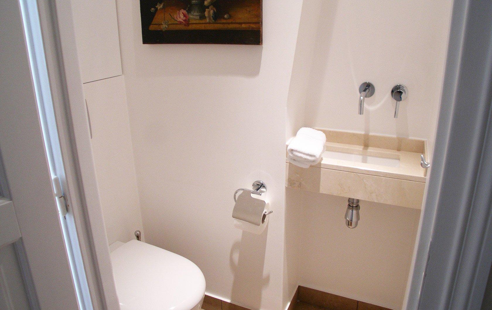 calvados-after-toilet