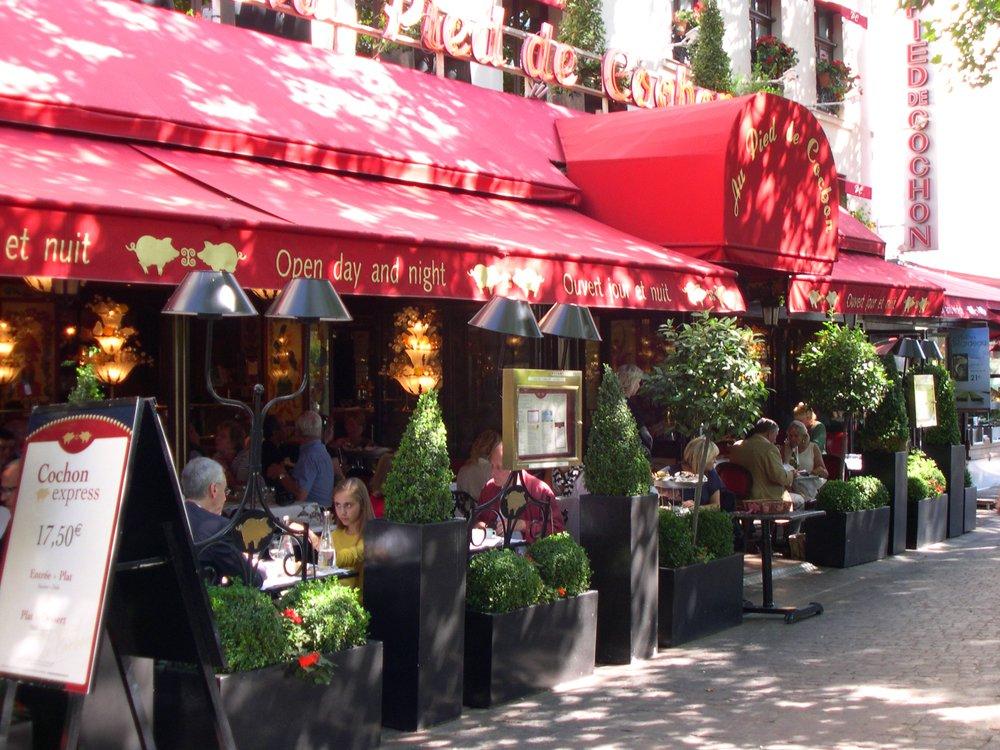 Paris Cafés  — There's Nothing More Parisian!