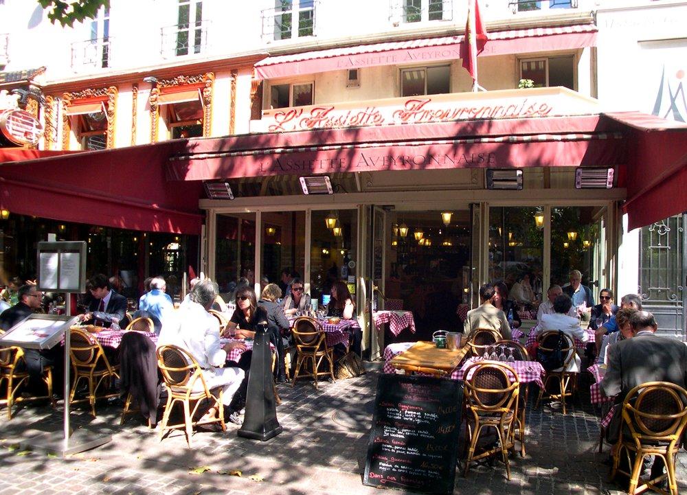 Good cafe' near rue de Montorgeuil Market Street