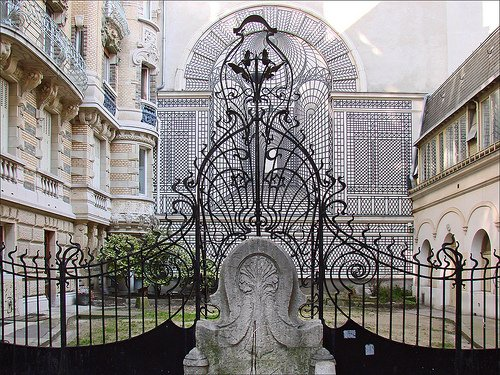 art nouveau architecture tour in paris paris blog travel. Black Bedroom Furniture Sets. Home Design Ideas