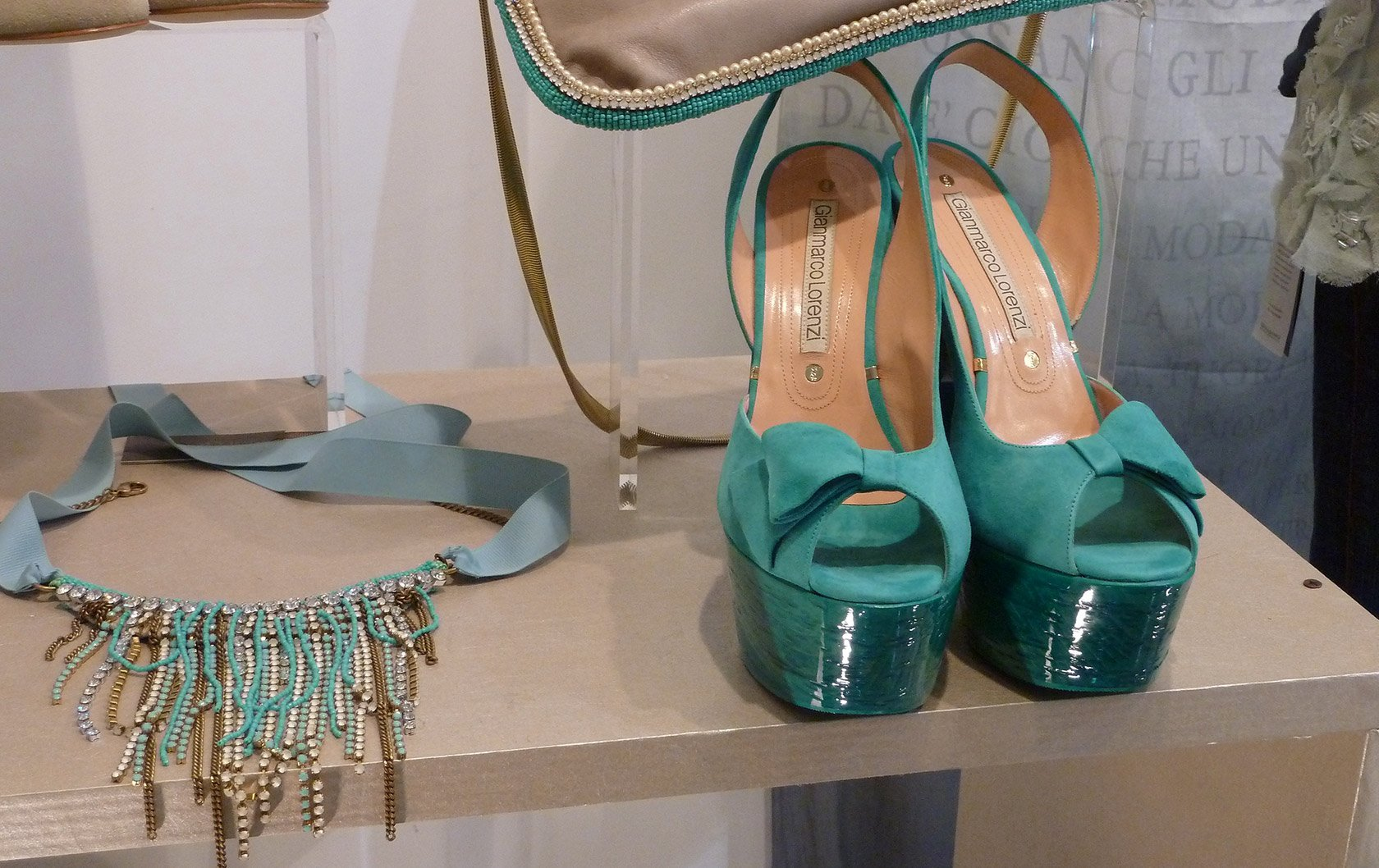 italy-turquiose-shoes