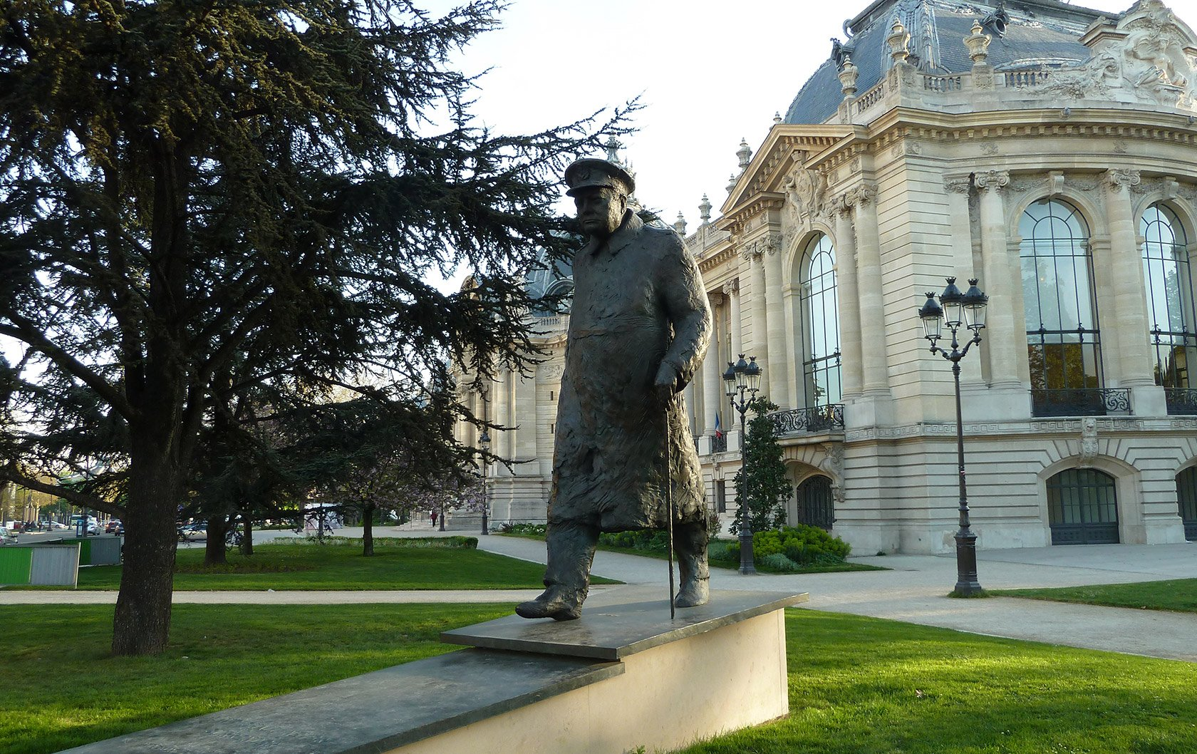 Paris Question on the Eve of D-Day: Where is this Statue?