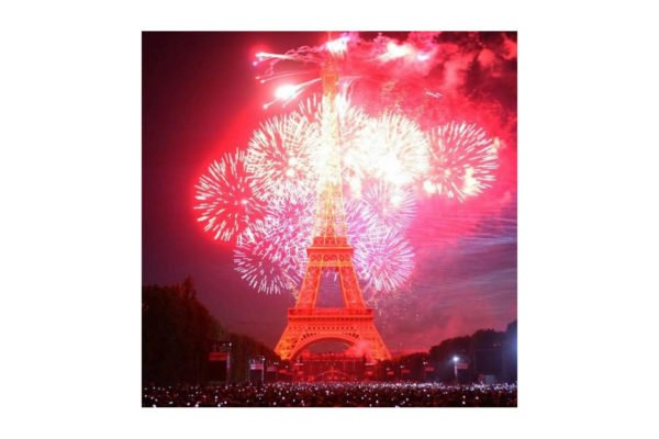 bastille-day-red-fireworks