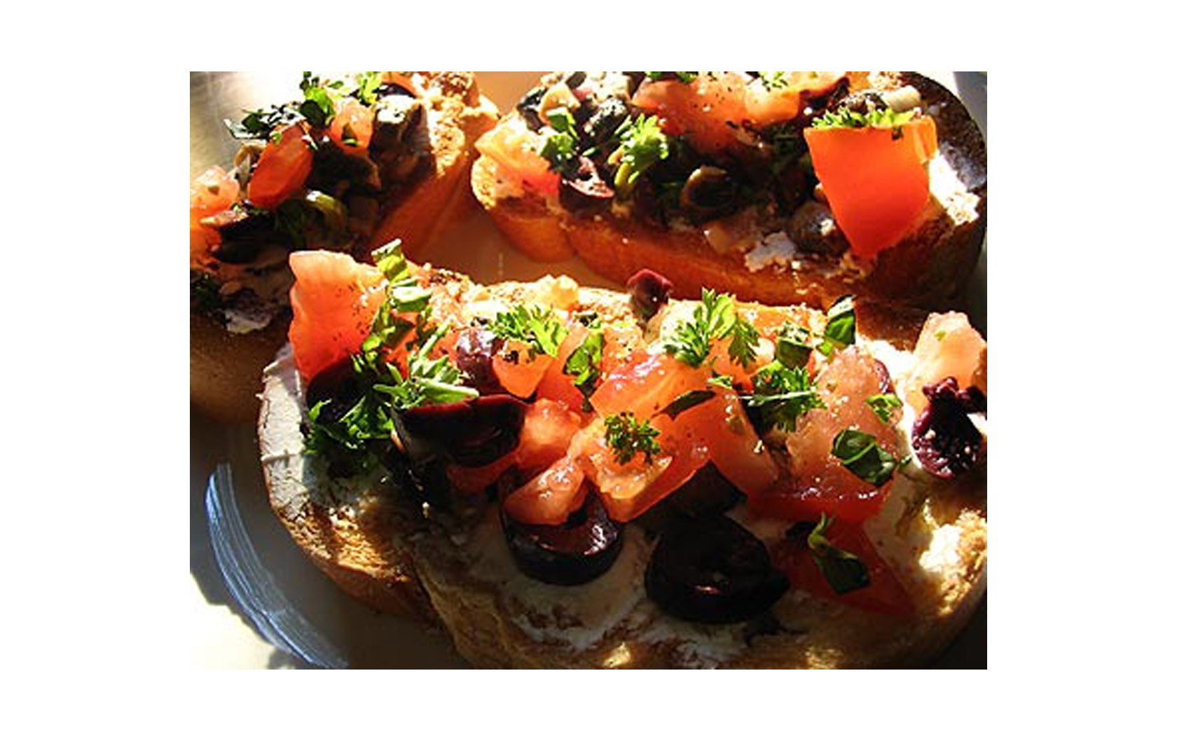 Italian Bruschetta Recipes –  Delicious Snacks and Light Meals on Summer Days
