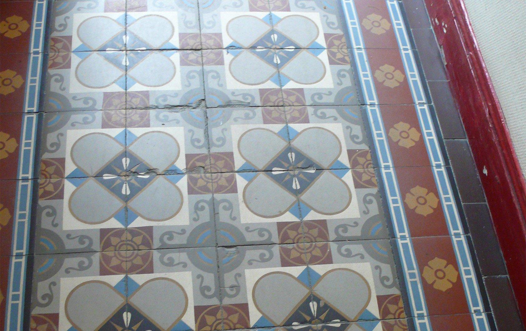 medoc-entry-tiles
