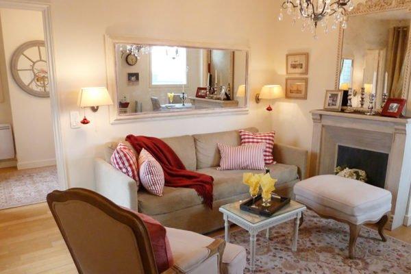 medoc-livingroom