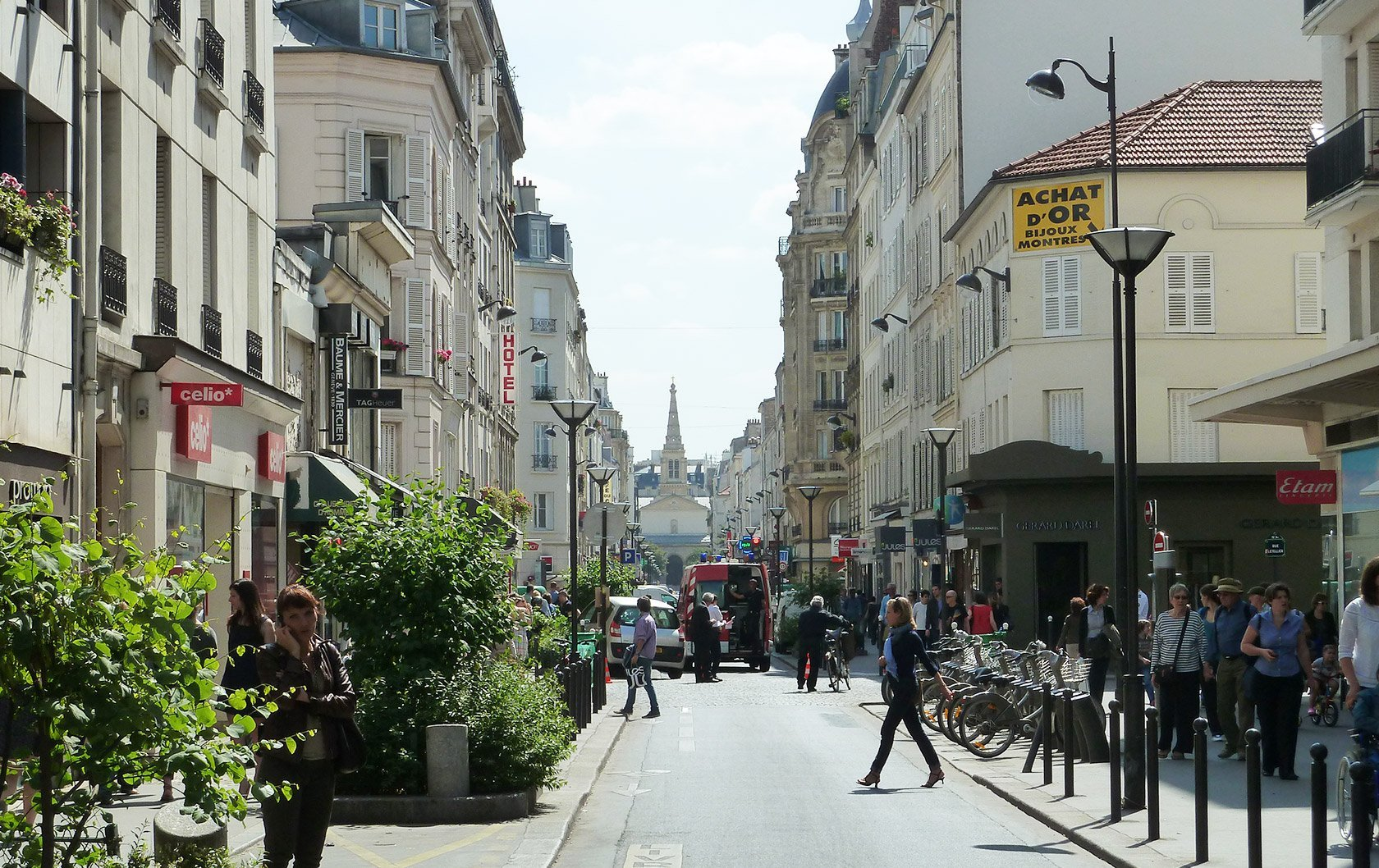 The best shopping street in paris la rue du commerce - Cuisine rue du commerce ...