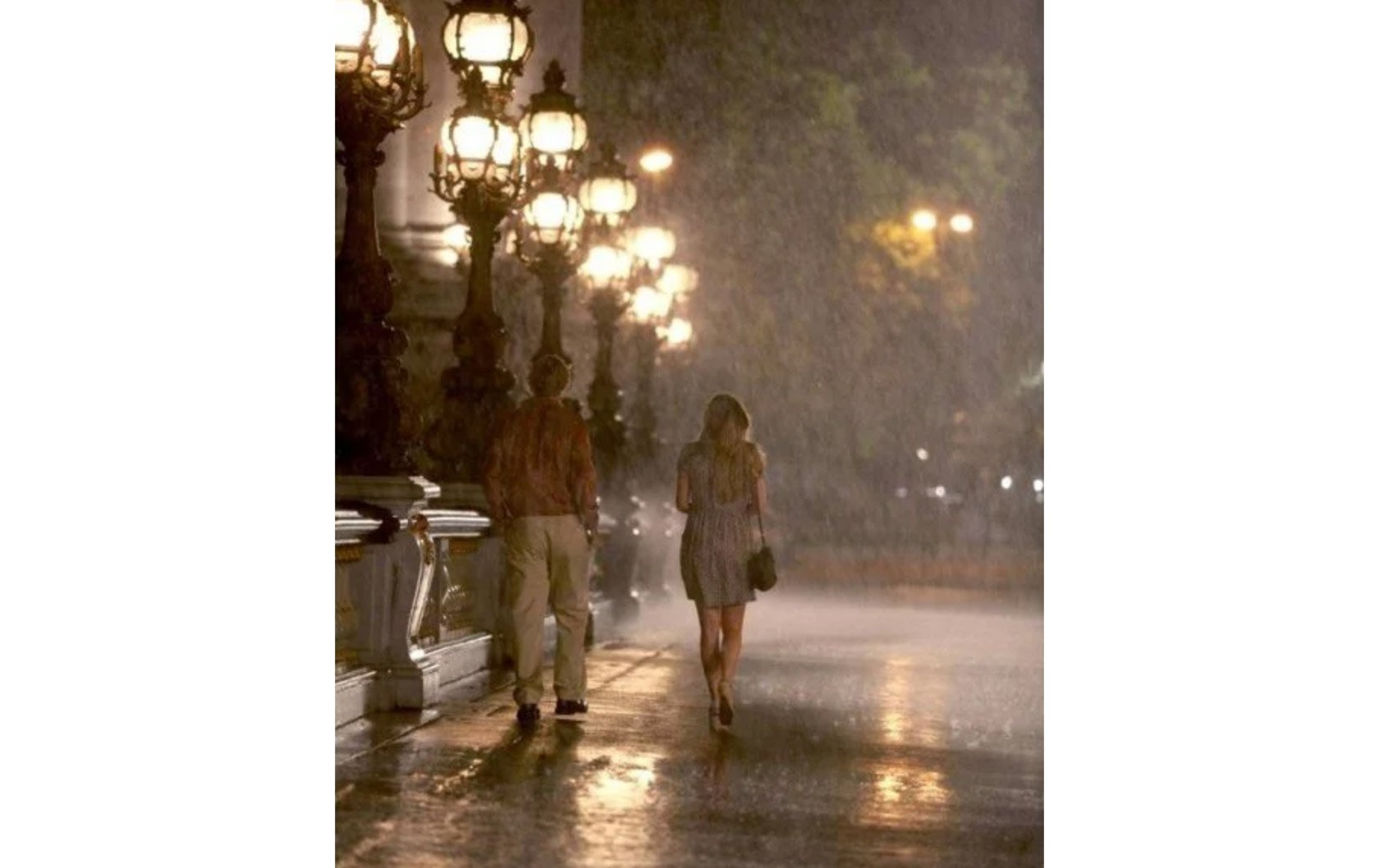 midnight-in-paris-night-rain