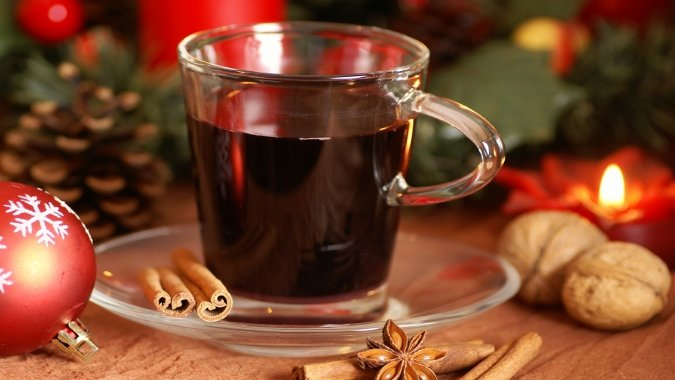 Recipe for Gluhwein (Traditional Mulled Wine)