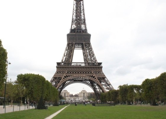 50% Off Eiffel Tower Tour – Skip the Queue & Skip the Price!