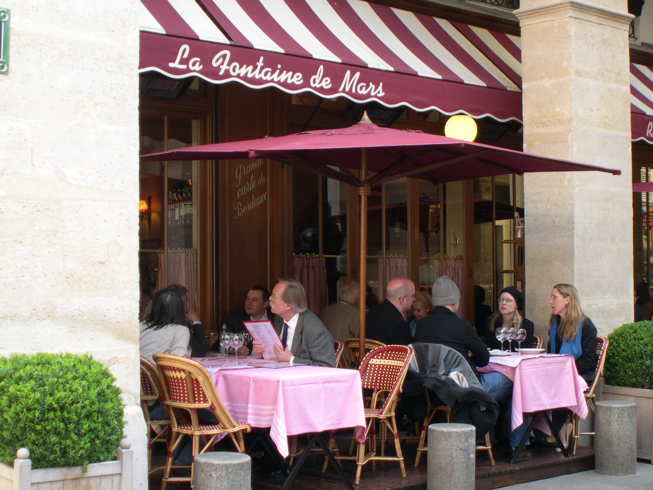 Restaurants open in paris for christmas and new year dining paris perfect - L office paris restaurant ...