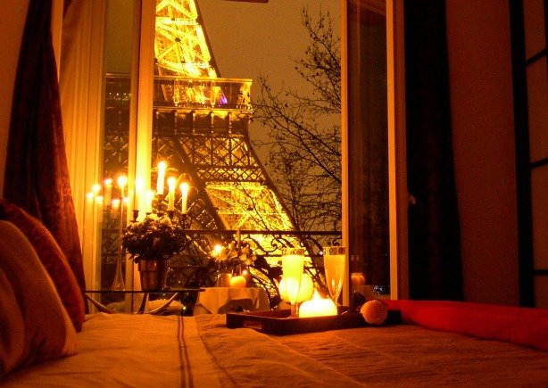 Most romantic bedroom in Paris with Eiffel Tower Views