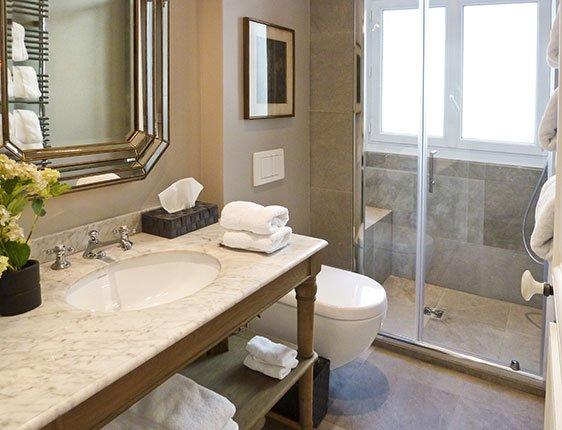 Beautiful bathroom in Paris holiday rental