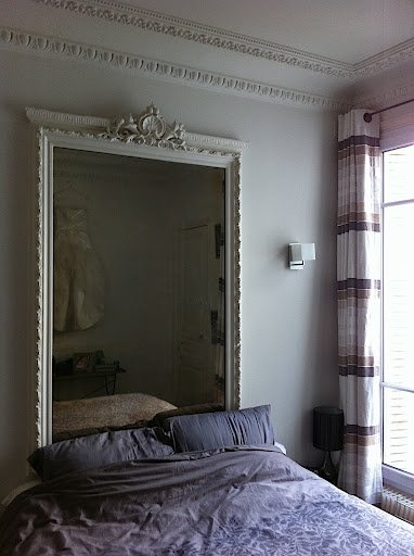 Paris bedroom before remodeling