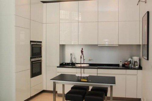 Paris Perfect Vacation Rental in 1st Arrondissement Modern Kitchen