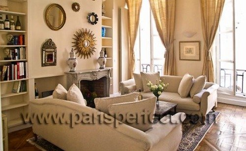 Paris Perfect Vacation Rental in 1st Arrondissement Near Louvre