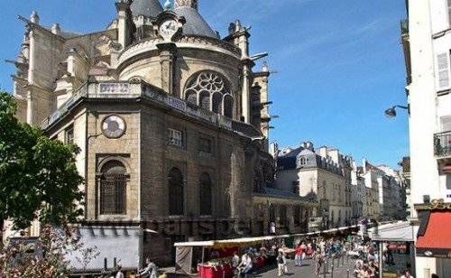 Paris Perfect Vacation Rental in 1st Arrondissement Near rue montorgueil market
