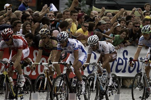 Watch the Tour de France finish line in Paris 2012