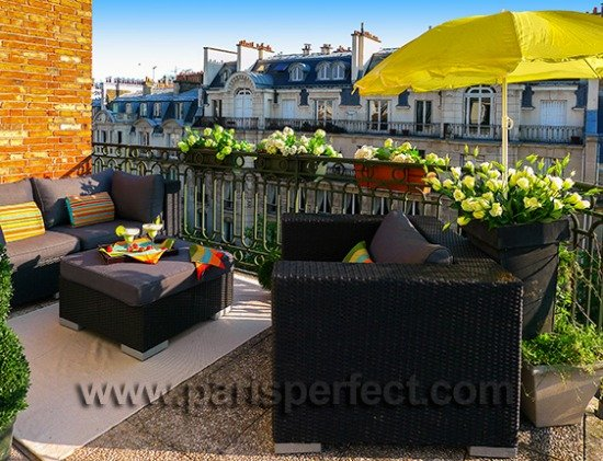Paris Balcony lounge Paris Perfect vacation rentals