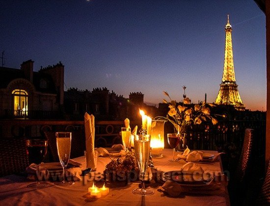 Most Romantic Dinner in Paris