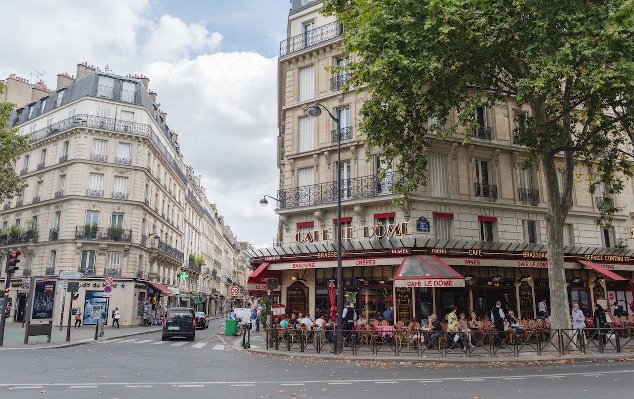 The 69 Bus – See All the Top Sights in Paris!