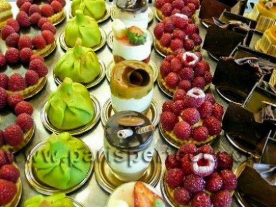 Paris Desserts on Display in 7th Arrondissement Patisserie