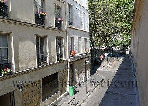 Paris Perfect Vacation Rental in 5th Arrondissement Near Seine