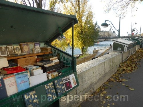 Les Bouquinistes Paris France