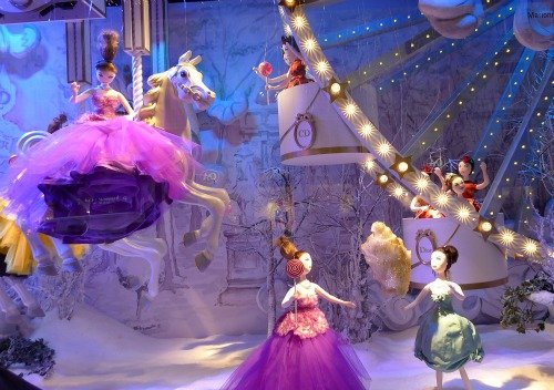 Christmas Windows at Printemps in paris
