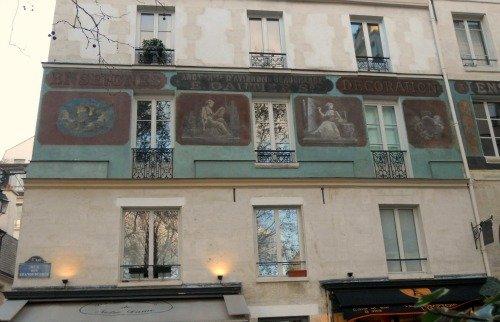 Frescos Rue des Grands Degres Paris