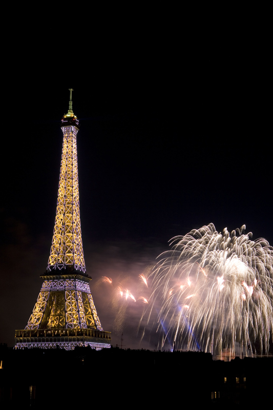 sm paris bastille day fireworks