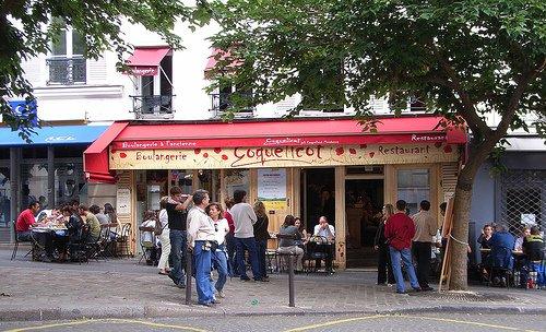 Coquelicot des Abbesses Montmartre Paris