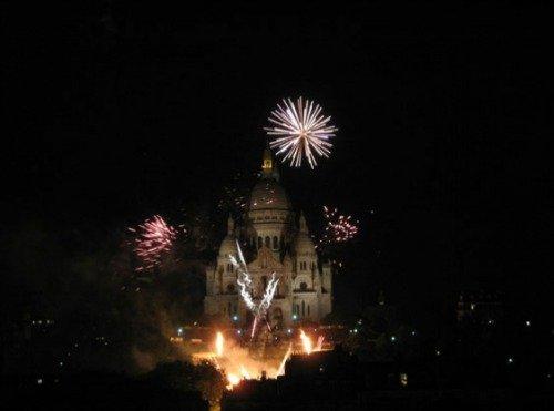 Paris Perfect Montmartre Vacation Rental Fireworks Sacre Coeur