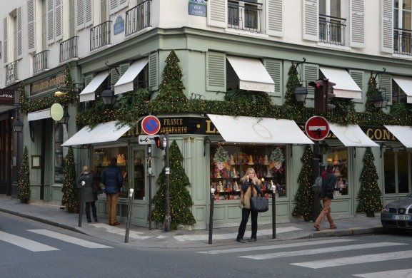 Christmas at our Favorite Paris Pâtisseries