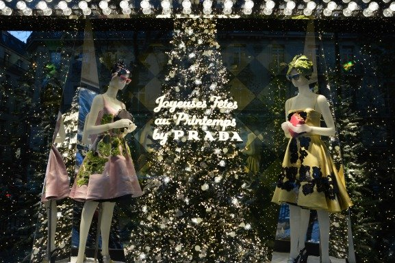 Happy Holidays From Printemps Christmas Windows 2013