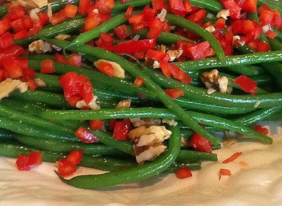 Recipe for Haricots Verts with Roasted Walnut Oil Vinaigrette