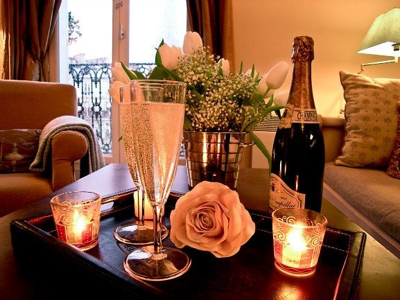 Romantic Valentine's Day in Paris Apartment Rental