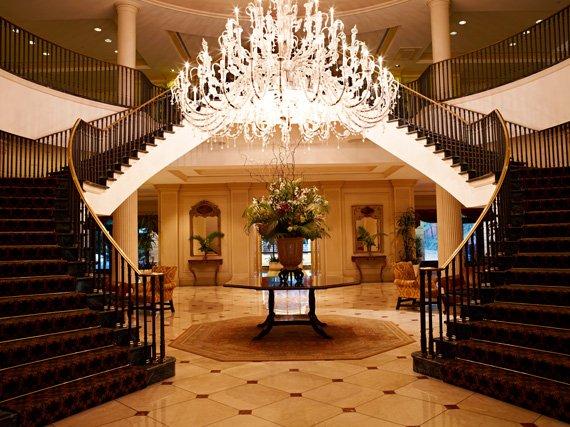 s hotel charleston place-