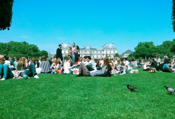 Best Places to Picnic in Paris Luxembourg Gardens