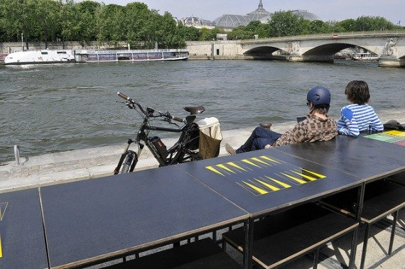 Les Berges De la Seine Backgammon Paris