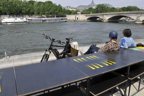 Les Berges De la Seine Backgammon Paris