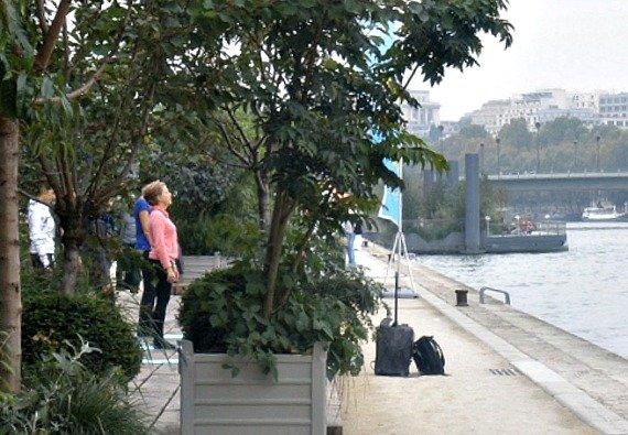 Les Berges de la Seine Paris Yoga