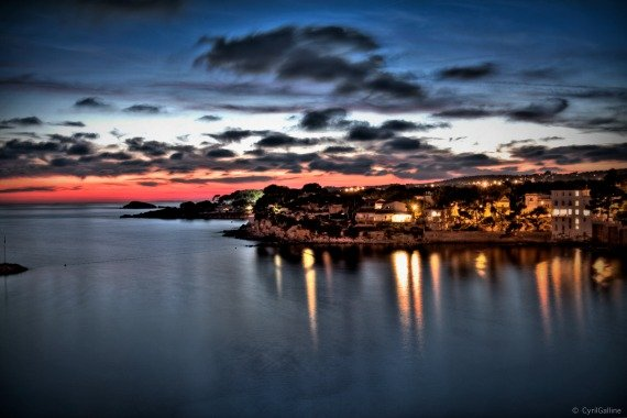 Bandol by Night