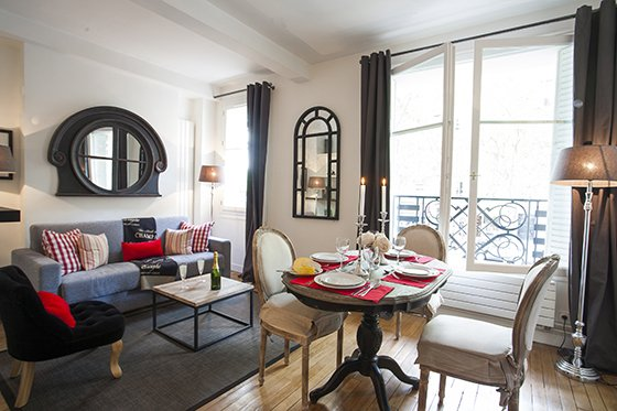 Paris Perfect one bedroom vacation rental near eiffel tower
