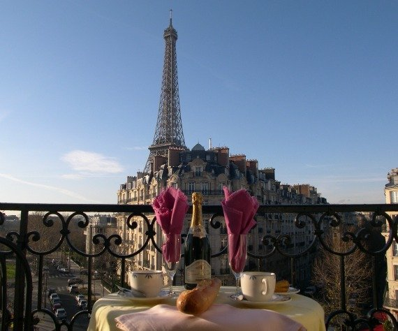 It's Official: Most Romantic Apartments in Paris!